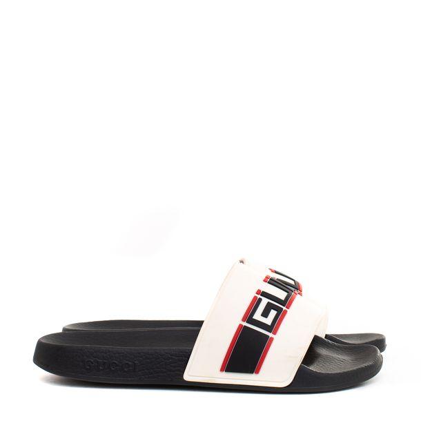 64547-Sandalia-Slide-Gucci-de-Borracha-Branca-e-Preta