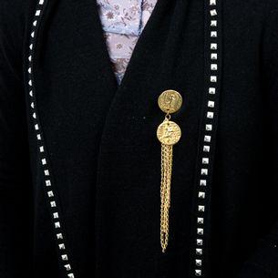 64972-Broche-Vintage-Dourado-Moedas