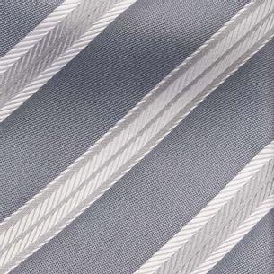 Gravata-Armani-Collezioni-Prateada-e-Branca