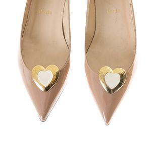 Grampo-de-Sapato-Vintage-Coracao-Dourado-Esmaltado-Creme