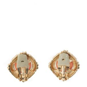 Brinco-de-Pressao-Vintage-Quadrado-Dourado-com-Stass-e-Acetato-Coral